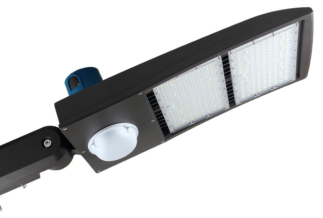 40000 lumen 300 watt nextgen ii led shoebox lights with motion sensor title 24 complaint
